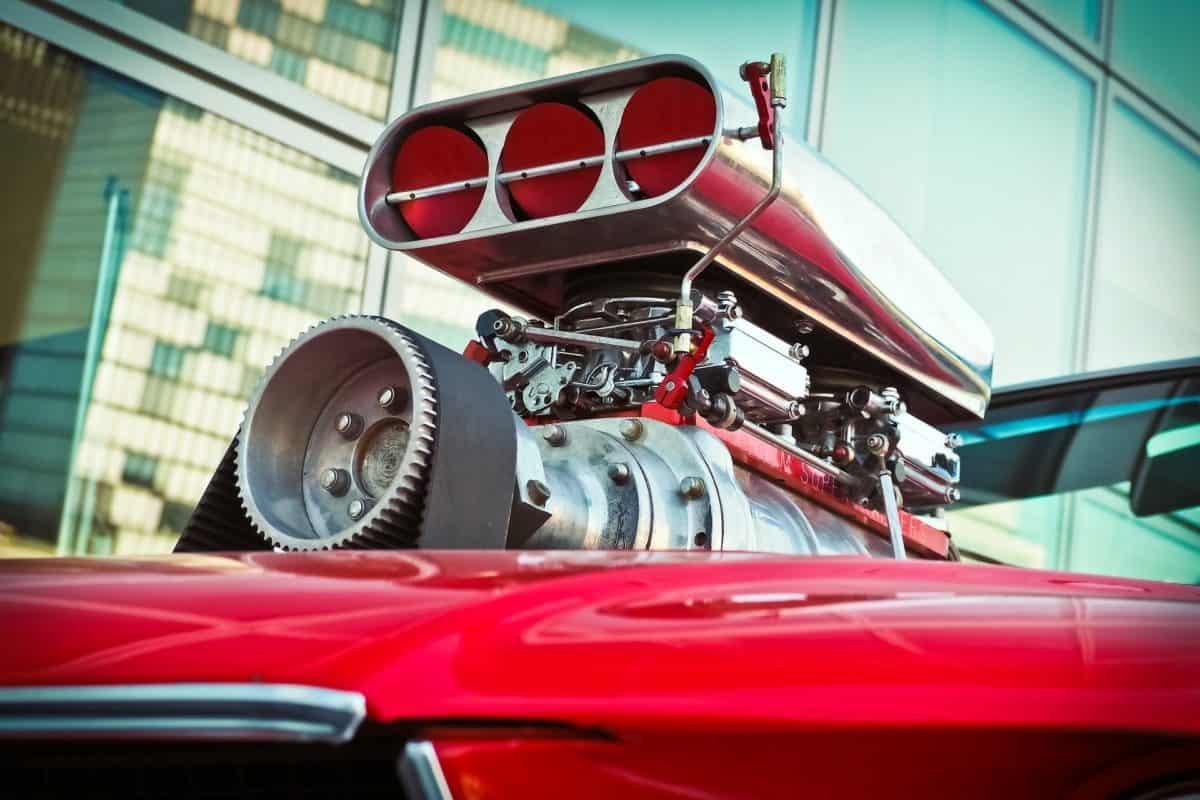 Jetzt mehr über Tuning und Ersatzteile in der Mietwerkstatt & JP-Reifen Rottbitze erfahren!